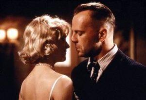 Last Man Standing - Am action (1996) - Karina Lombard som Felina