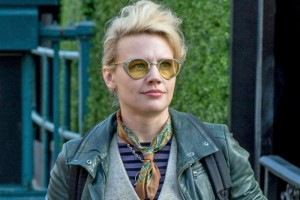 Kate McKinnon as Jillian Holtzmann in Ghostbusters.