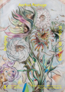 Multikunstneren Martin Bigum fortolker det treårige tema 'Bridging' på plakaten for Aarhus Festuge 2018. Som det har været tradition siden 1984, har Aarhus Festuge fået en kunstner til at fortolke årets tema, der i år er 'Bridging' (valgt for perioden 2017-2019). I 2018 står kunstneren Martin Bigum bag plakaten, hvor han for første gang i sit kunstneriske virke har kastet sig over et blomstermotiv.