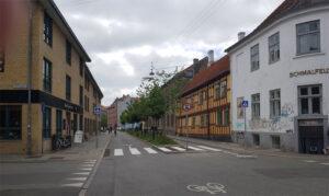 13.juni 2021: Fodgængerfelt i krydset Grønnegade/Vestergade