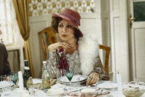 Susse Wold - aka Gitte Graa - Clutching her Pearls