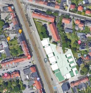 Kortudsnit af området Skovvangsvej/Randersvej/Bøgegade - med plantegning fra Lokalplen 1090 lagt ovenpå