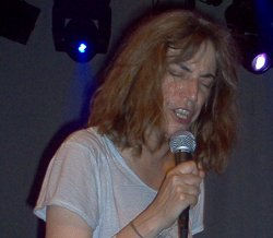 patti-smith-train-28-aug-2005