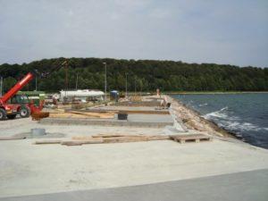 2011: Strandpromenaden rundt om Pier 4 er ved at tage form
